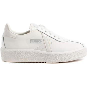 kengät Naiset Matalavartiset tennarit Munich 8295064 Valkoinen