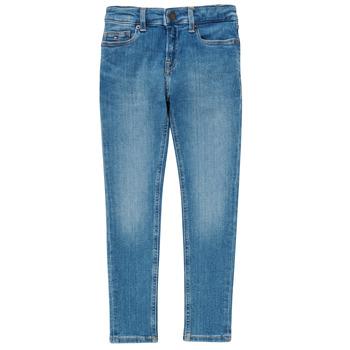 vaatteet Pojat Skinny-farkut Tommy Hilfiger SIMON Sininen