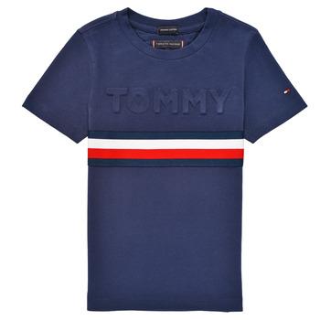 vaatteet Pojat Lyhythihainen t-paita Tommy Hilfiger ELEONORE Laivastonsininen