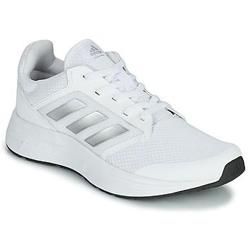 kengät Naiset Juoksukengät / Trail-kengät adidas Performance GALAXY 5 Valkoinen