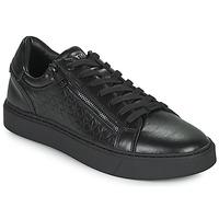kengät Miehet Matalavartiset tennarit Calvin Klein Jeans LOW TOP LACE UP Musta
