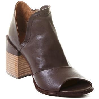 kengät Naiset Nilkkurit Rebecca White T0504 |Rebecca White| D??msk?? kotn??kov?? boty z telec?? k??e v k??vo