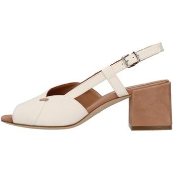 kengät Naiset Sandaalit ja avokkaat Tres Jolie 2011/BETH WHITE