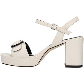 kengät Naiset Sandaalit ja avokkaat Tres Jolie 2084/NORA WHITE