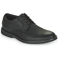 kengät Miehet Derby-kengät Clarks ATTICUS LTLACE Musta