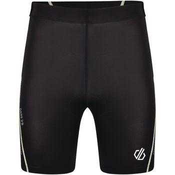 vaatteet Miehet Shortsit / Bermuda-shortsit Dare 2b  Black/White