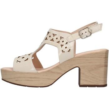 kengät Naiset Sandaalit ja avokkaat CallagHan 28701 WHITE