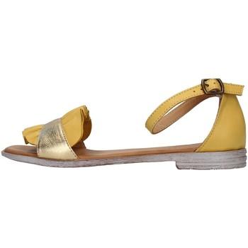 kengät Naiset Sandaalit ja avokkaat Bueno Shoes 21WN5021 YELLOW