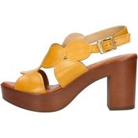 kengät Naiset Sandaalit ja avokkaat Made In Italia 023 Keltainen
