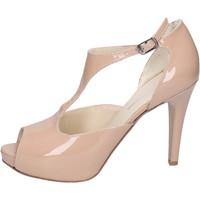 kengät Naiset Sandaalit ja avokkaat Manifattura National Sandaalit BH121 Beige