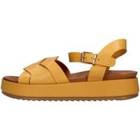 kengät Naiset Sandaalit ja avokkaat Inuovo 769006 YELLOW