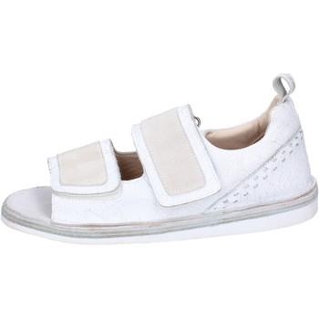 kengät Miehet Sandaalit ja avokkaat Moma Sandaalit BH256 Valkoinen