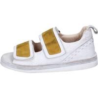 kengät Naiset Sandaalit ja avokkaat Moma BH312 Valkoinen