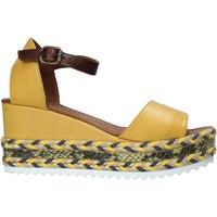 kengät Naiset Sandaalit ja avokkaat Bueno Shoes 21WQ6000 Keltainen