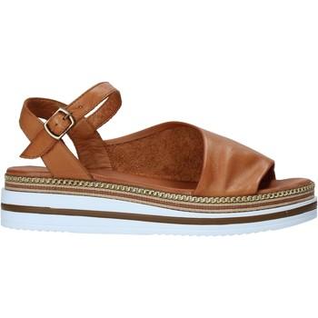 kengät Naiset Sandaalit ja avokkaat Bueno Shoes 21WS4203 Ruskea