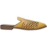 kengät Naiset Puukengät Bueno Shoes 21WN0103 Keltainen