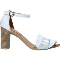 kengät Naiset Sandaalit ja avokkaat Bueno Shoes 21WN4300 Valkoinen