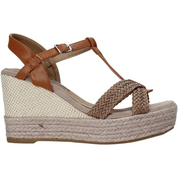 kengät Naiset Sandaalit ja avokkaat Refresh 72661 Ruskea