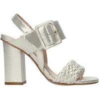 kengät Naiset Sandaalit ja avokkaat Carmens Padova 45073 Beige