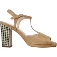 kengät Naiset Sandaalit ja avokkaat Carmens Padova 45085 Ruskea