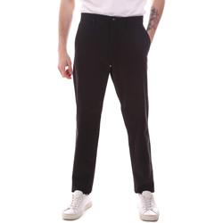 vaatteet Miehet Chino-housut / Porkkanahousut Dockers 79645-0013 Musta