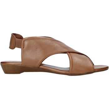kengät Naiset Sandaalit ja avokkaat Bueno Shoes 21WL2408 Ruskea