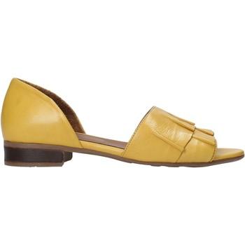 kengät Naiset Sandaalit ja avokkaat Bueno Shoes 21WN5100 Keltainen