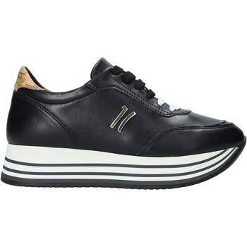 kengät Naiset Matalavartiset tennarit Alviero Martini P181 201C Musta