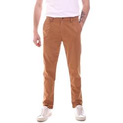 vaatteet Miehet Chino-housut / Porkkanahousut Gaudi 111GU25008 Ruskea