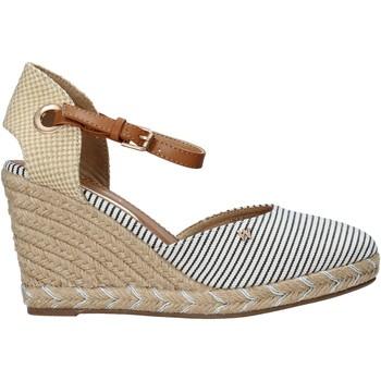 kengät Naiset Sandaalit ja avokkaat Wrangler WL11620S Beige