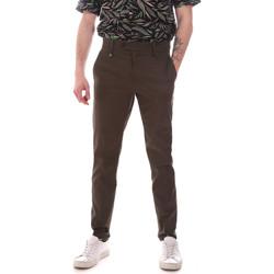 vaatteet Miehet Chino-housut / Porkkanahousut Antony Morato MMTR00580 FA800142 Vihreä