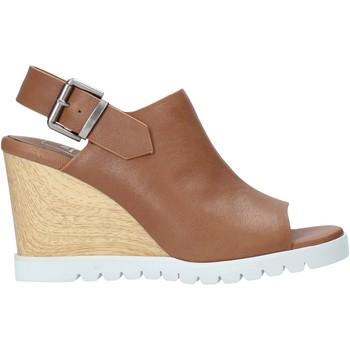 kengät Naiset Sandaalit ja avokkaat Manufacture D'essai M3 Ruskea