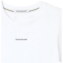 vaatteet Naiset Lyhythihainen t-paita Calvin Klein Jeans J20J215699 Valkoinen