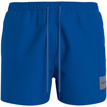vaatteet Miehet Shortsit / Bermuda-shortsit Calvin Klein Jeans KM0KM00574 Sininen
