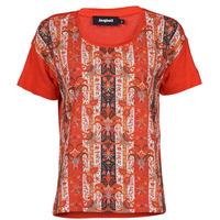 vaatteet Naiset Lyhythihainen t-paita Desigual LOMBOK Monivärinen