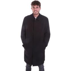 vaatteet Miehet Takit Calvin Klein Jeans K10K106041 Musta
