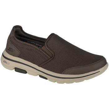 kengät Miehet Tennarit Skechers Go Walk 5 Delco Vert