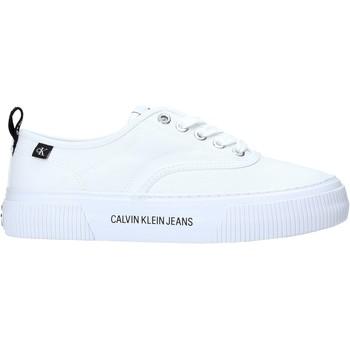 kengät Naiset Matalavartiset tennarit Calvin Klein Jeans YW0YW00054 Valkoinen