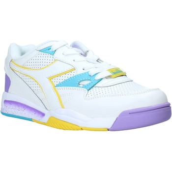 kengät Naiset Matalavartiset tennarit Diadora 501175534 Valkoinen
