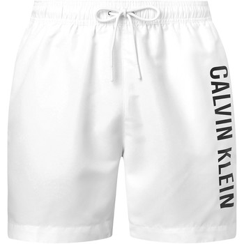 vaatteet Miehet Shortsit / Bermuda-shortsit Calvin Klein Jeans KM0KM00570 Valkoinen