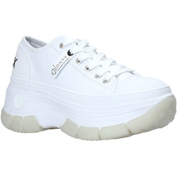 kengät Naiset Matalavartiset tennarit Onyx S21-S00OX010 Valkoinen