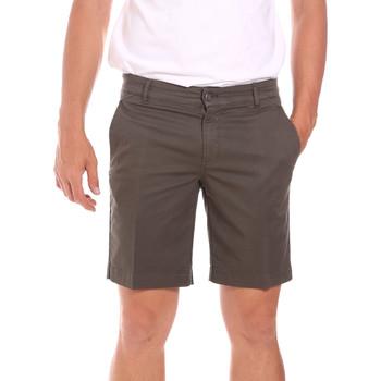 vaatteet Miehet Shortsit / Bermuda-shortsit Colmar 0864T 8SP Ruskea