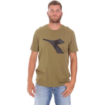 vaatteet Miehet Lyhythihainen t-paita Diadora 102175852 Vihreä