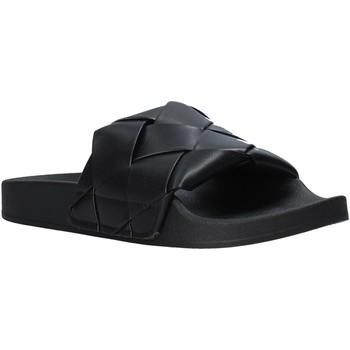 kengät Naiset Rantasandaalit Gold&gold A21 FL150 Musta