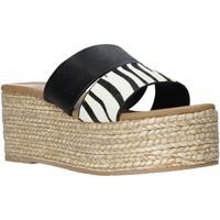 kengät Naiset Sandaalit Gold&gold A21 GK99 Musta