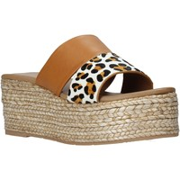 kengät Naiset Sandaalit Gold&gold A21 GK99 Ruskea