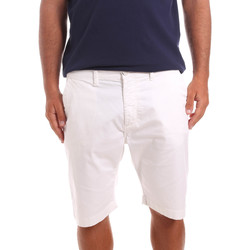 vaatteet Miehet Shortsit / Bermuda-shortsit Sseinse PB739SS Valkoinen