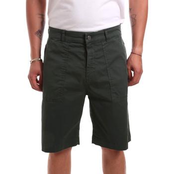 vaatteet Miehet Shortsit / Bermuda-shortsit Colmar 0871T 7TR Vihreä