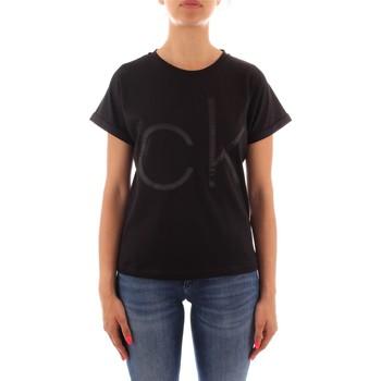 vaatteet Naiset Lyhythihainen t-paita Calvin Klein Jeans K20K203034 BLACK
