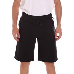 vaatteet Miehet Shortsit / Bermuda-shortsit Ciesse Piumini 215CPMP71415 C4410X Musta